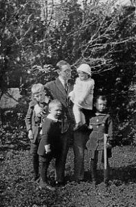 Igor Stravinsky and his four children – Morges 1915