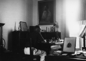Igor Stravinsky – Nice, 1928 *